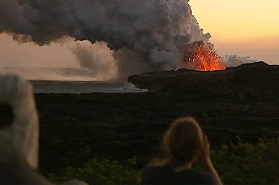 VIDEO: Sunset lava ocean entry in Kalapana