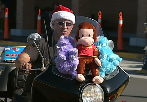 VIDEO: Toys for Tots roars through Hilo