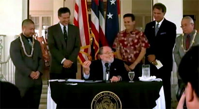 VIDEO: Hawaii governor signs civil unions law