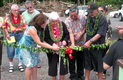 VIDEO: Carvalho ohana help bless namesake park in Hilo