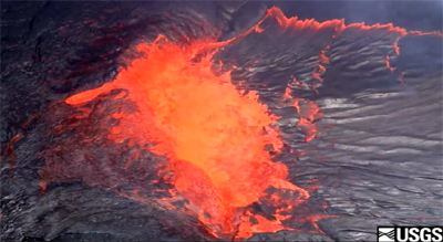 VIDEO: Spectacular spattering at Kilauea summit