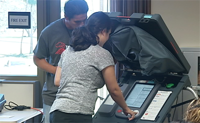 Voting machines demonstrated in Hilo