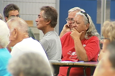 The people listen on at the Hilo PLDC meeting held last week