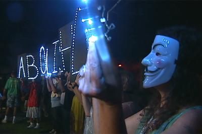 VIDEO: Protestors crash Democrat's Grand Rally in Hilo