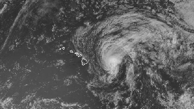 Tropical Storm Flossie arrival on Hawaii Island imminent