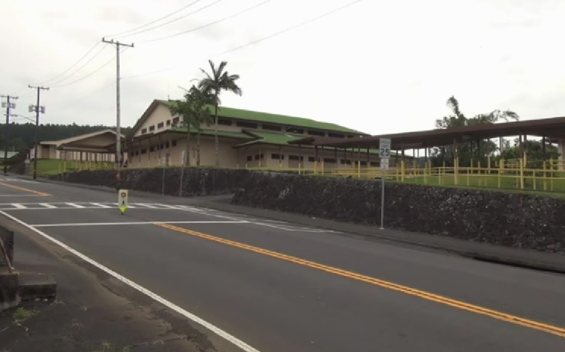 Chemical Odor Closes Honokaa Schools, Kids Sent Home