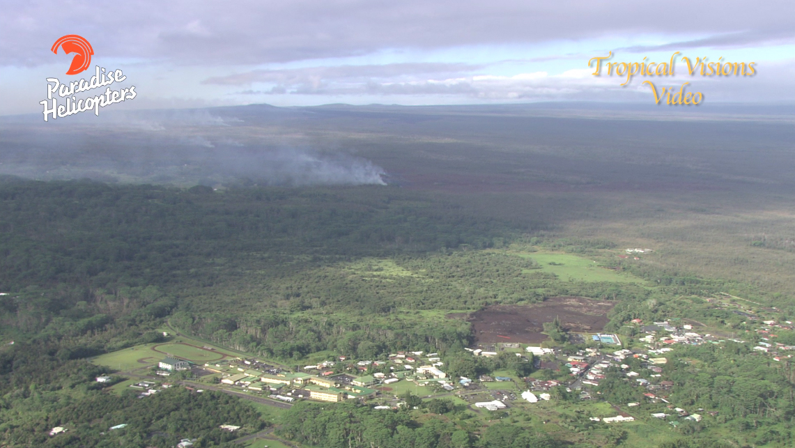 Image from video by Mick Kalber, Tropical Visions Video, aboard Paradise Helicopters
