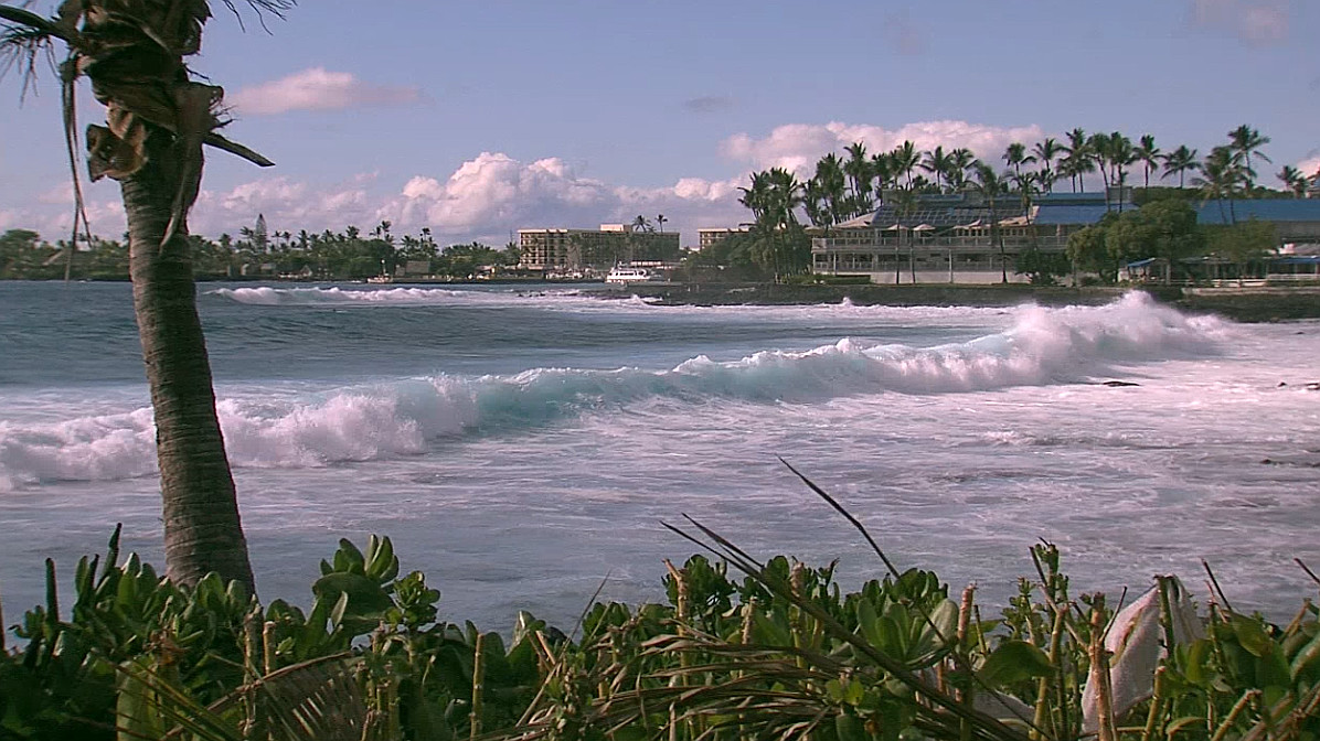 Phone and Cell Service Restored To West Hawaii