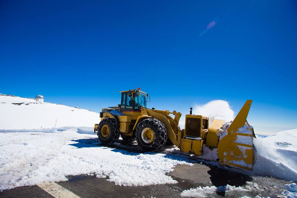 Crews work to remove snow from summit. Photo by Andrew Hara. You can see more of  Andrew's photography on his Facebook page.