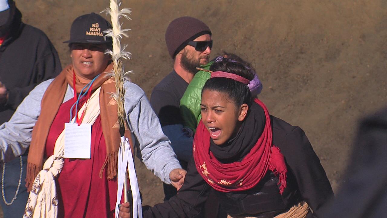 Police, TMT Issue Statements on Mass Arrests on Mauna Kea