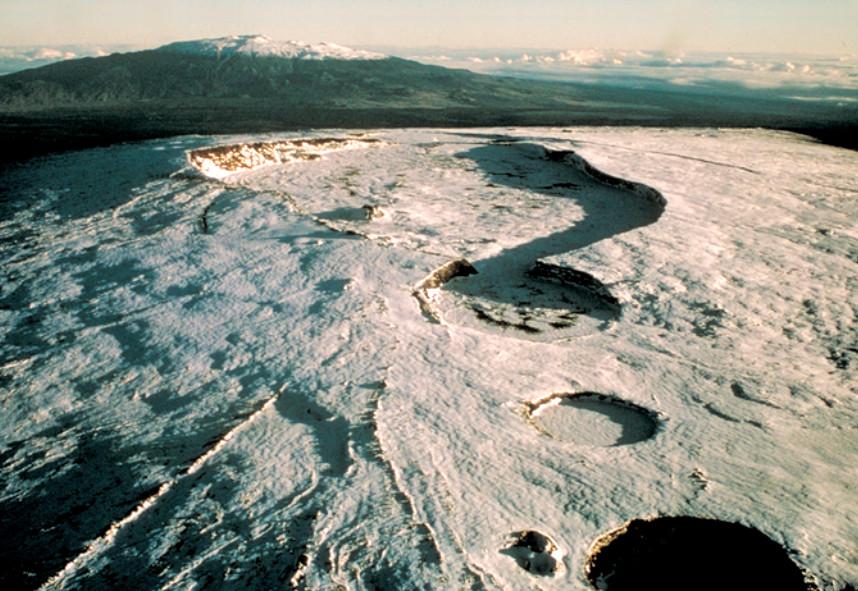 Mauna Loa Volcano Alert Elevated: A Closer Look