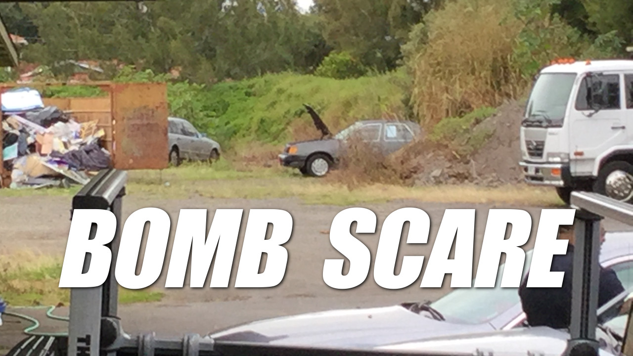 VIDEO: Bomb Scare Evacuates Waimea Tow Business
