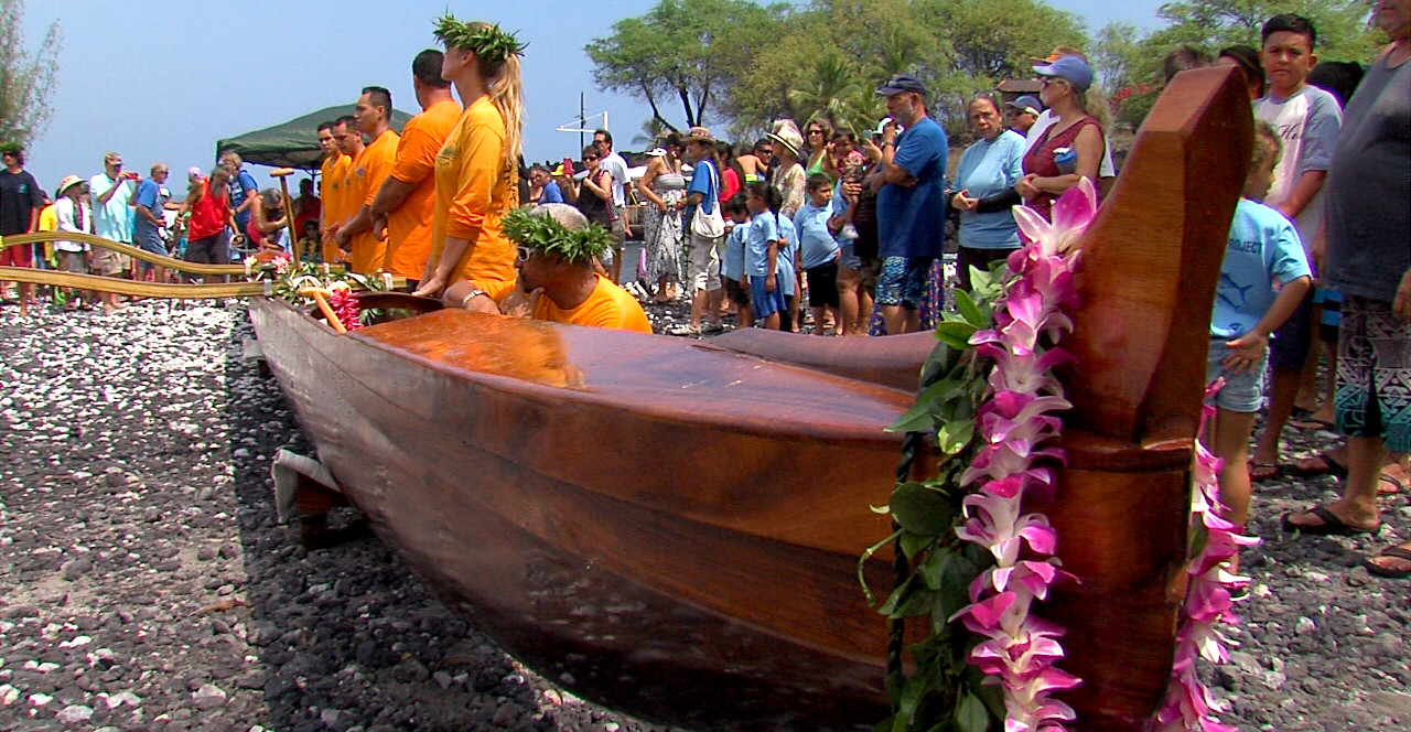 VIDEO: Legendary Koa Canoes Come Home To Milolii