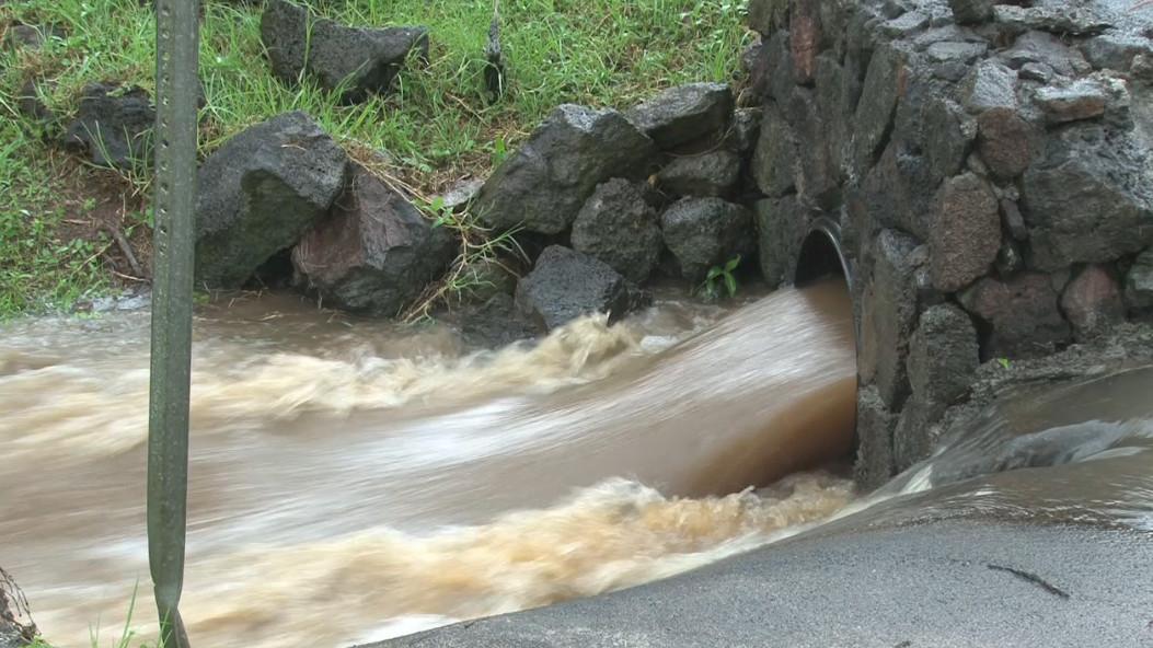 VIDEO: Waimea Gets Soaked, Flood Advisory Continues