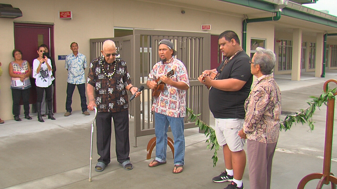 VIDEO: Keoki Kahumoku Serenades At Ka'u Gym Opening