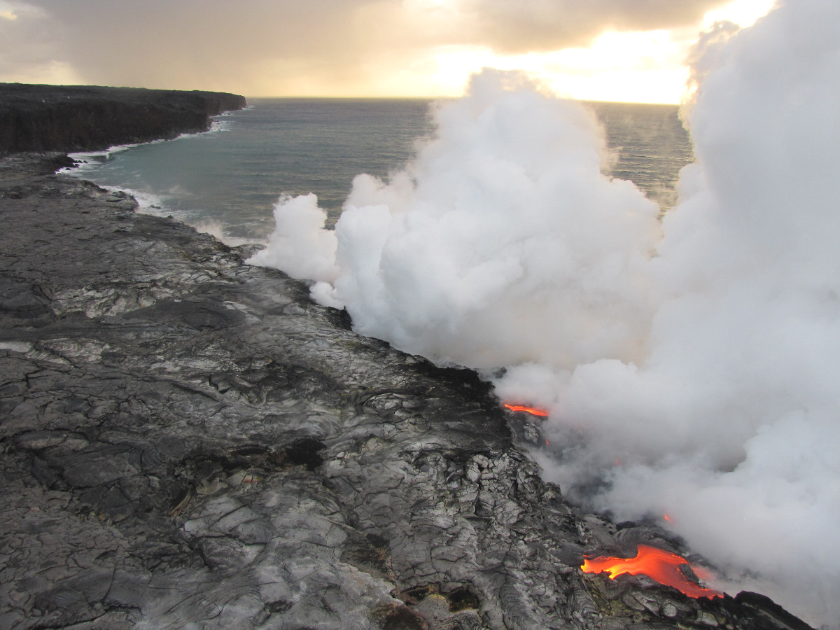 (Photo by Rick Hazlett, University of Hawaiʻi at Hilo) An aerial image of the east Kamokuna lava delta this morning shows lava entering the ocean at the front of the delta.