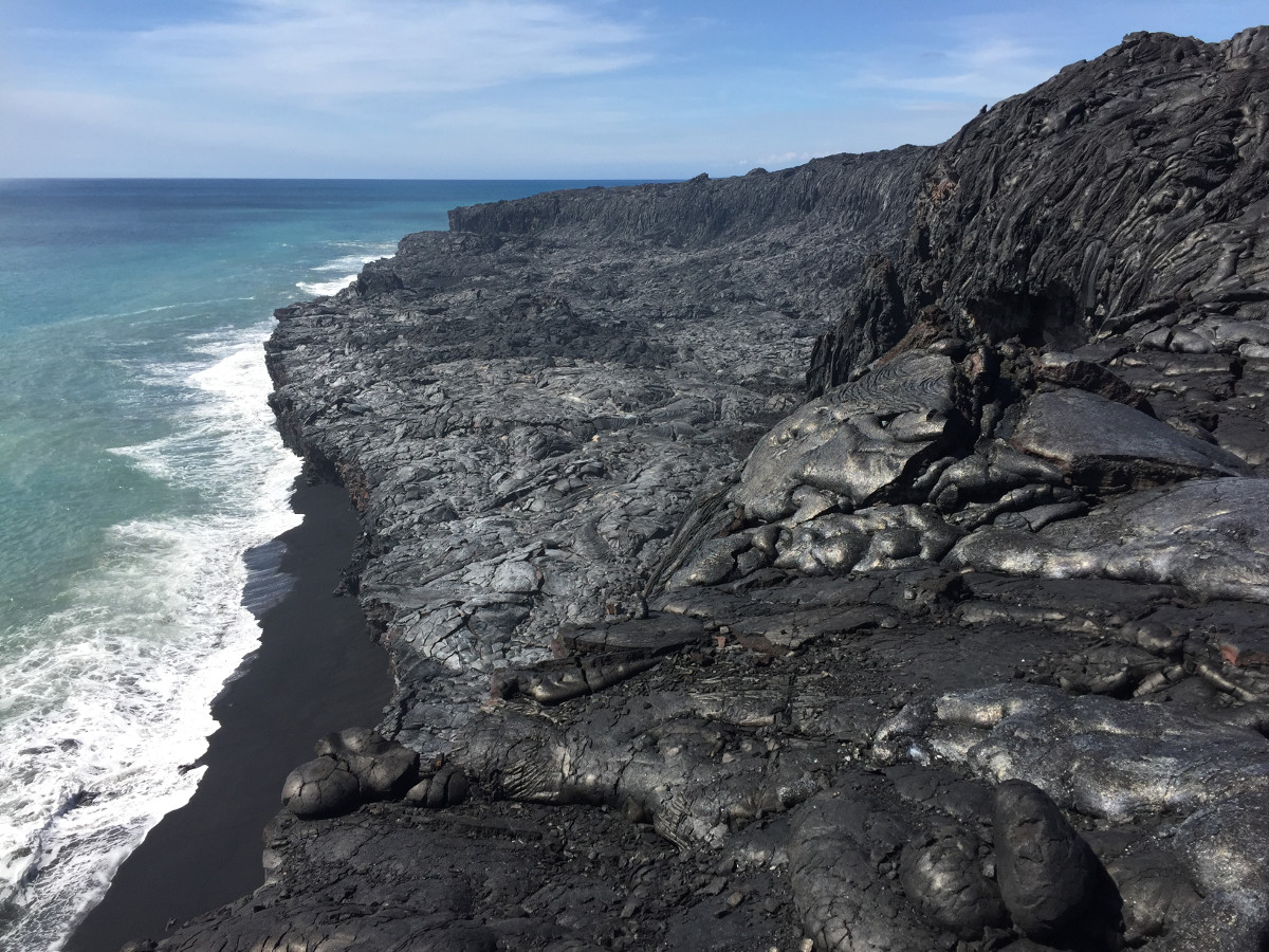 (USGS photo) The west Kamokuna lava delta was completely inactive, with no lava entering the ocean.