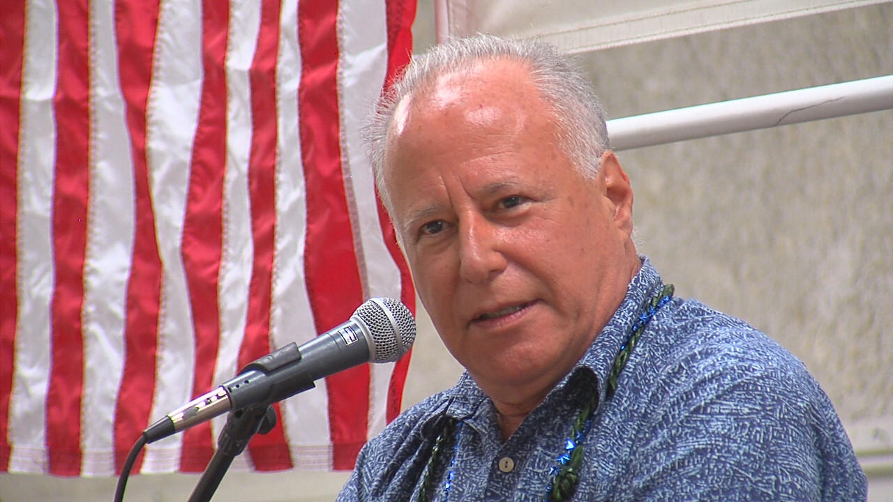 VIDEO: Puna Sen. Ruderman Takes Podium On Election-Eve