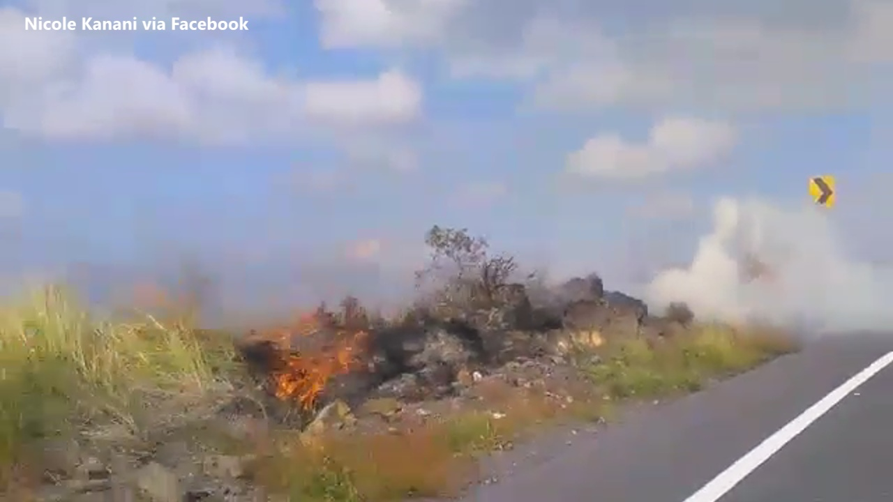 Numerous Brush Fires Close Kona Highway