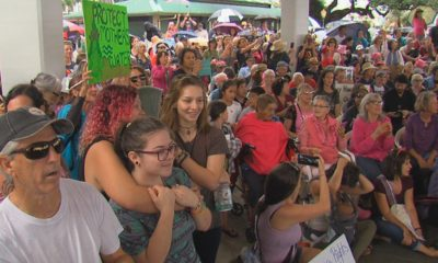 VIDEO: Hawaii Marches As Trump Controverts Crowds