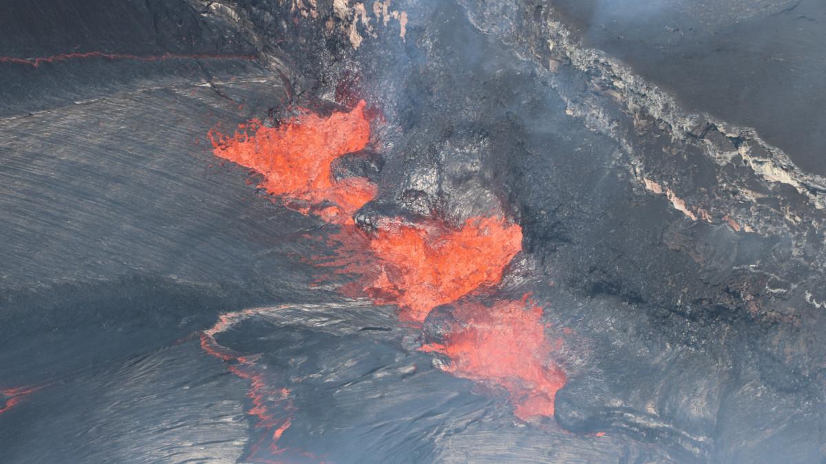 VOLCANO WATCH: Pulsing Magma Supply Detected At Kilauea
