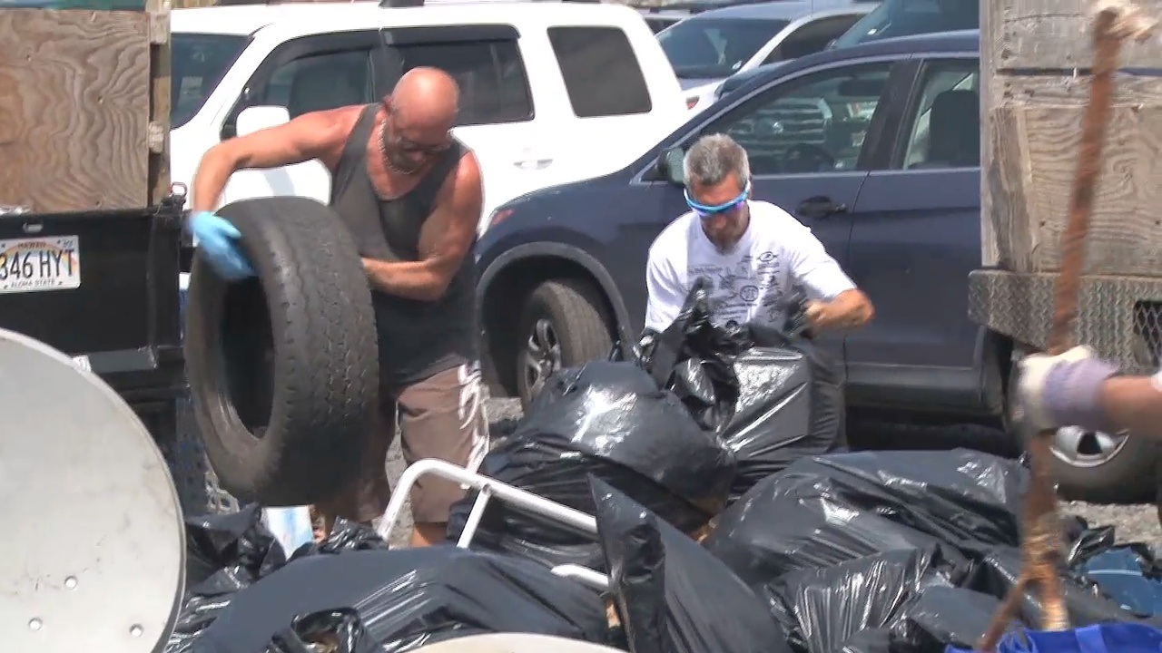 VIDEO: Volunteers Hit West Hawaii Beaches For Annual Cleanup