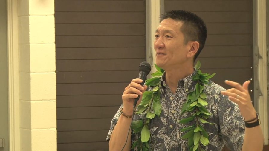 VIDEO: Taking On Trump, AG Chin Gets Standing Ovation In Waimea