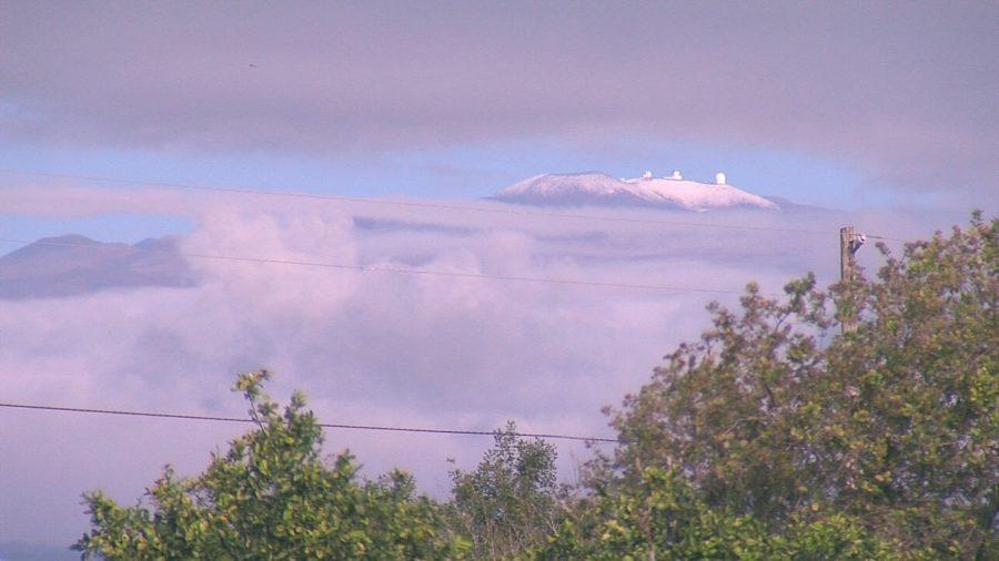 August Snow Dusts Hawaii's Mauna Kea Summit