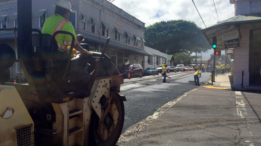 Waianuenue Ave Resurfacing Changes Traffic Pattern