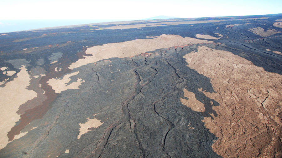 Mauna Loa Overflight Produces New USGS Photos