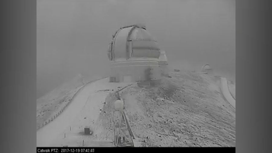 VIDEO: Heavy Snow Falling On Hawaii Summits, Alert Issued