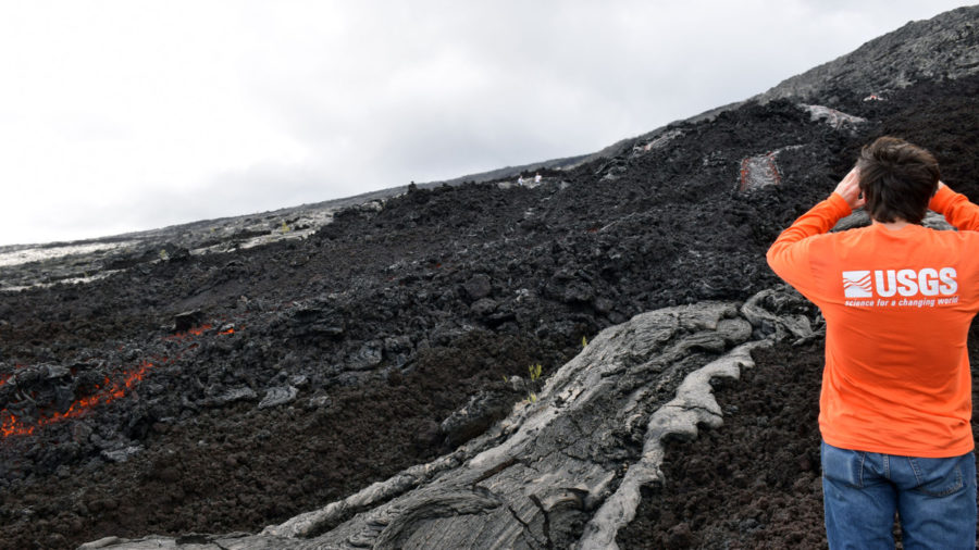 Scientists Record Lava Flows Near Base Of Pali