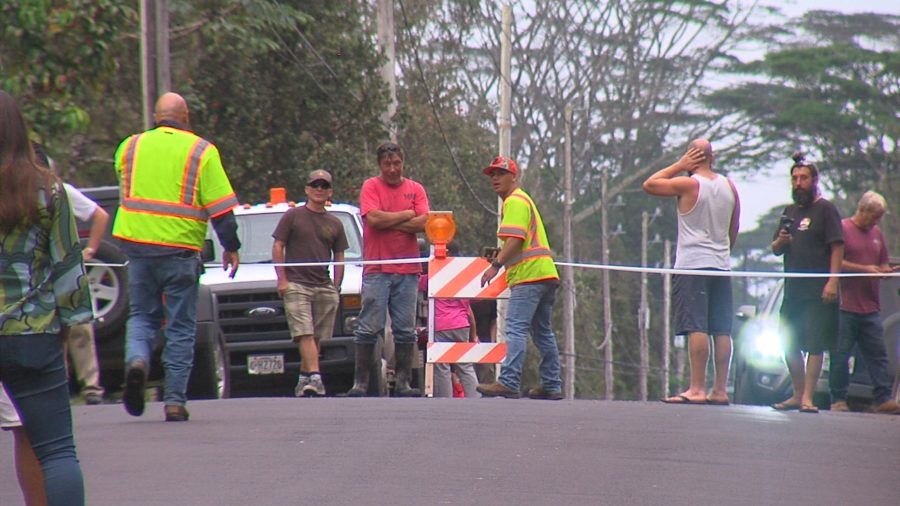 VIDEO: Ground Cracks And Earthquakes Rattle Leilani Estates