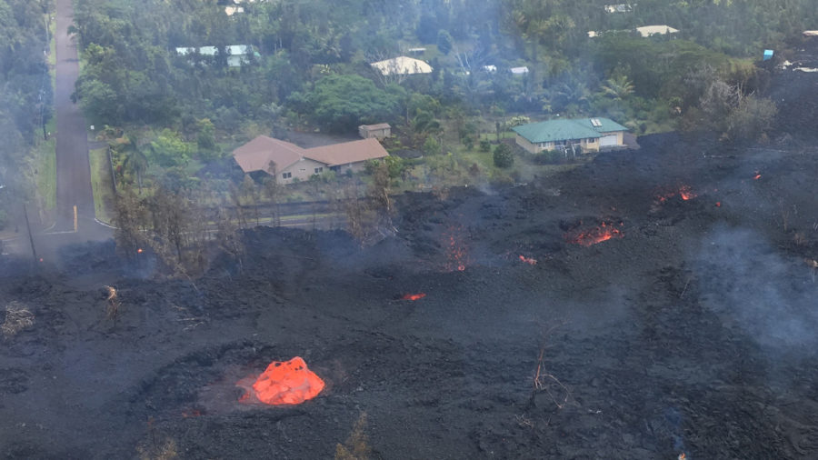 1 pm Eruption Update – Traffic Heavy As Leilani Residents Dash In, Out