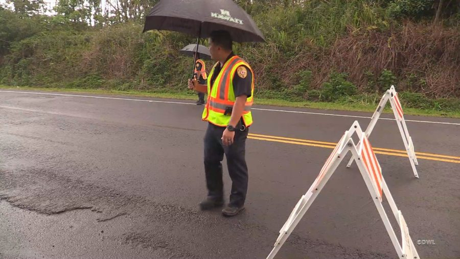 VIDEO: Police Restrict Highway 132 After New Fissure Erupts