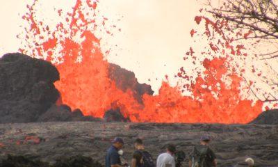 VIDEO: 2 pm Eruption Update – Lava Crosses Pohoiki Road