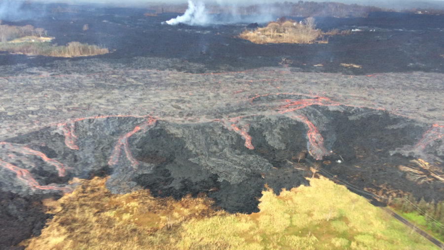 VIDEO: 6 pm Eruption Update – Minor Spillover Of Fissure 8 Lava Channel