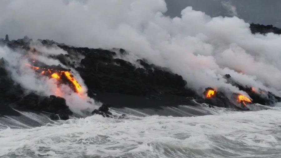 VIDEO: 7 am Eruption Update – Volcanic Gas Emissions High
