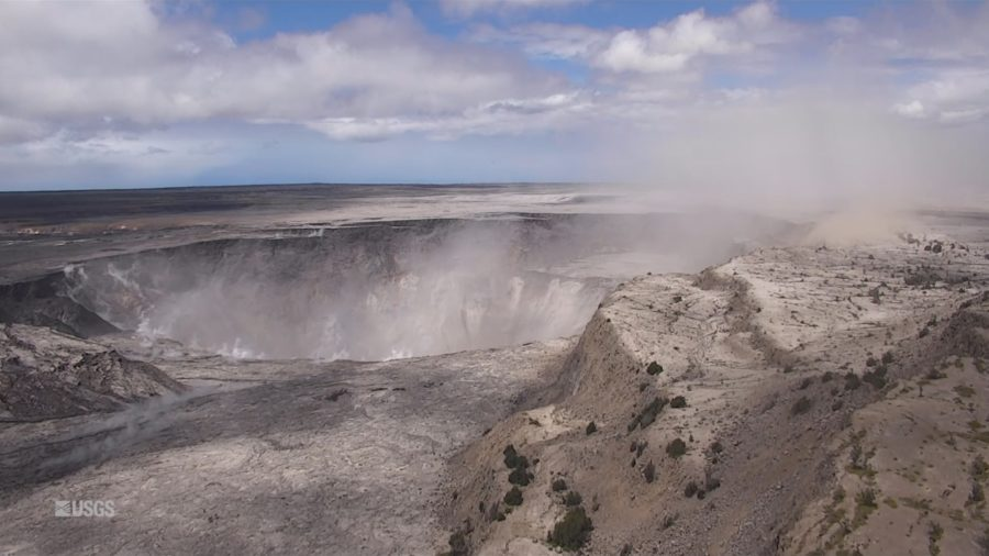 VIDEO: Fly-Over Over Slumping Kilauea Volcano, As Scientist Explains