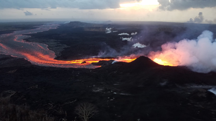 Summit Collapse Explosion Leads To Fissure 8 Channel Overflows