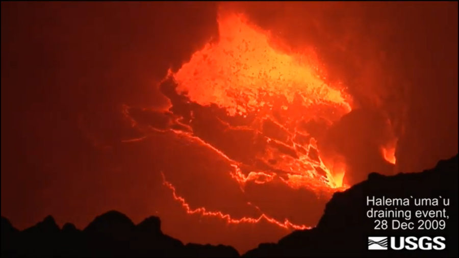 VIDEO: Lava pond draining event filmed at Kilauea volcano
