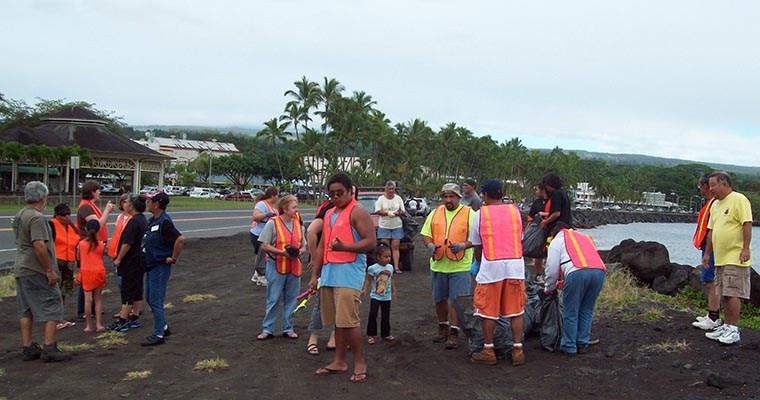 Hawaii PD coordinates Hilo beach cleanup