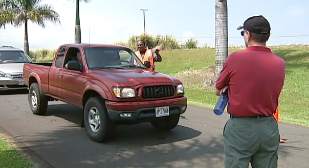 VIDEO: Bioenergy plant opponents block road in Pepeekeo