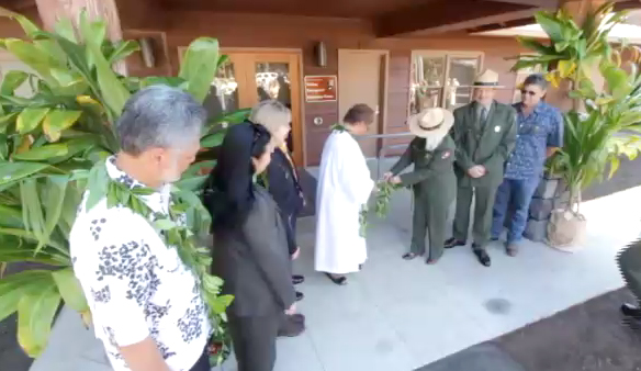VIDEO: Emergency Center opens in Hawaii Volcanoes National Park