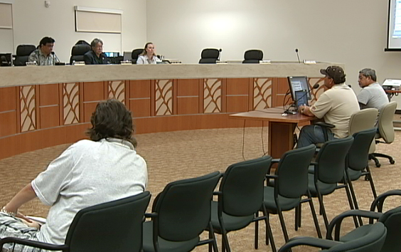 VIDEO: Hawaii Council emergency meeting on tsunami damage