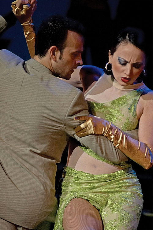 Tango event moves to Hapuna after tsunami hits Four Seasons