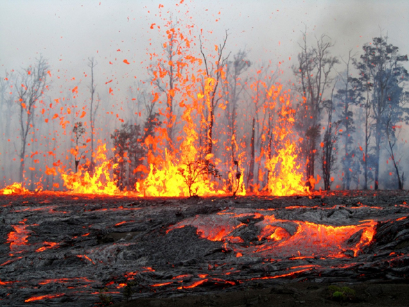 Day 1 of Kamoamoa fissure eruption from a scientist's perspective