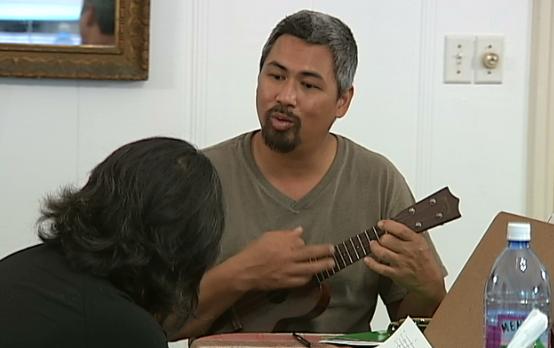 Keoki Kahumoku wraps up island music tour, workshops