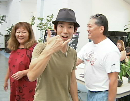 VIDEO: Jake Shimabukuro, locals turn out for Hilo 2 Japan benefit