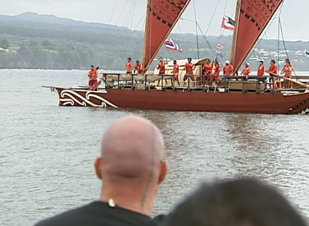 VIDEO: Pacific canoe voyagers land in Hilo, Hawaii